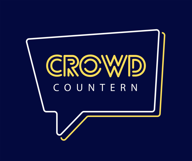 """Das Bild zeigt das Crowd-Countern Logo. Auf dunkelblauem Hintergrund steh in einer Sprechblase """"Crowd Countern"""" geschrieben."""